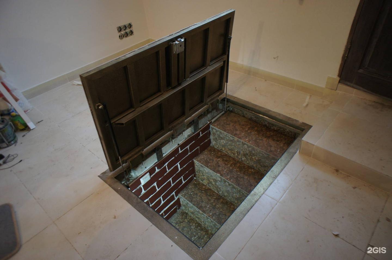 Как сделать вход в подвал из дома в частном доме