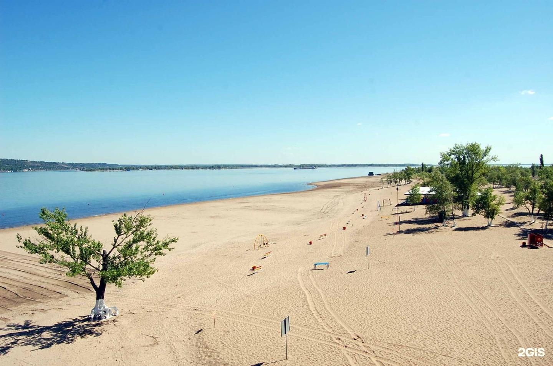 Пляж в волжском на зеленом фото